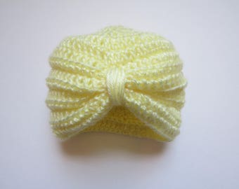 Infant turban style crochet hat--yellow--3 to 6 month