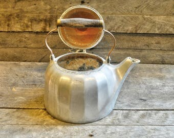 Wagner Ware Colonial Tea Kettle