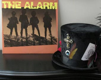 The Alarm - Used Vinyl Record FREE standard SHIPPING. Minimum purchase of 9.99 Thru 8/31/17 Coupon Code: FREESHIP