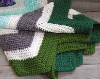 Vintage Baby Afghan / 37 x 40 / Zig Zag Pattern / Chevron / Crocheted Blanket / Nursery Blanket / Throw Blanket / Multi Color