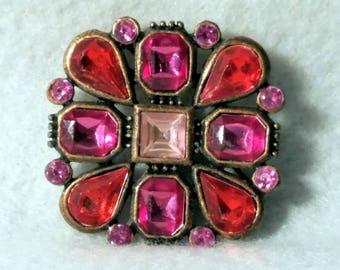 Vintage 1950 era pink rhinestone pin brooch
