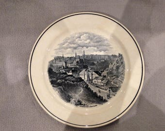 Villeroy & Bosch decorative plate depicting an image of Luxembourg in 1835 by the artist N.Liez.  Circa 1920s