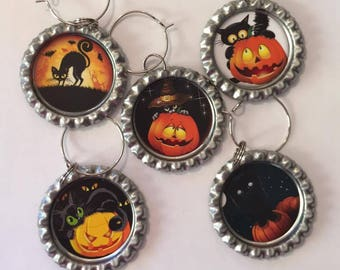 Halloween Cats. Halloween. Flattened Bottle Cap Wine Charms, Wine Accessories, Party Favors, Bunco Prize, Stocking Stuffers - Set of 5