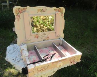 "Vintage dressing table ""box to treasure... Memories of Paris"""