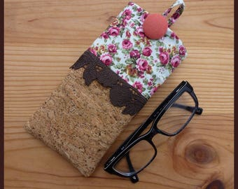 """Glasses case """"I love the natural"""" Cork fabric and liberty"""