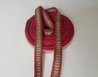 Galon cards,  fine wool, sold to 4 inch length. 0,63 inch wide.