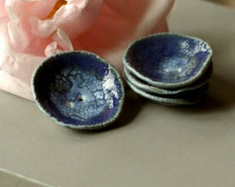 PORCELAIN BUTTONS - Set of 2 blue buttons -