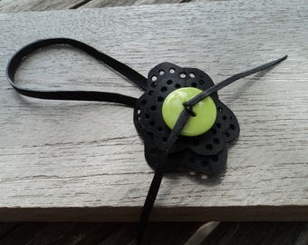 Anklet with flowers in inner tube recycled and green button