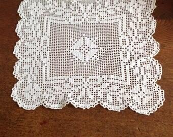 Vintage doily, crochet NET way, square 30x30cm.
