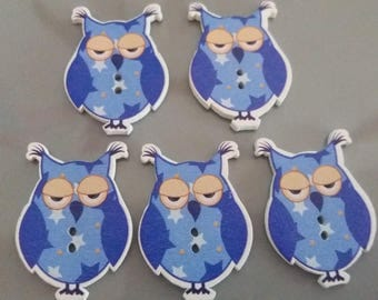 set of 5 beautiful wooden OWL buttons