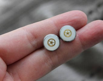 Round 1 cm, metal, resin and watch parts Steampunk earrings