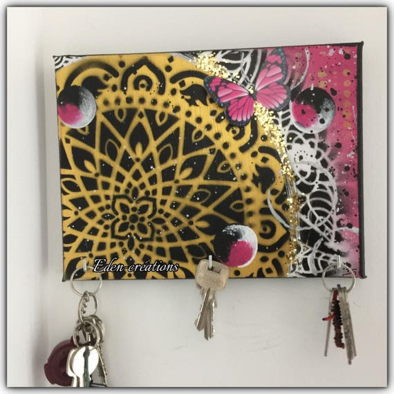 petit tableau accroch cl s porte cl s mural rose et or. Black Bedroom Furniture Sets. Home Design Ideas