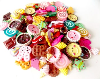 Wholesale lot of 100 cabochons in resin