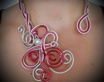 Necklace red and silver diamanté