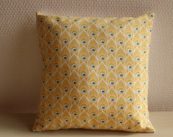 Pillow cover - feathers - 24 x 24 cm