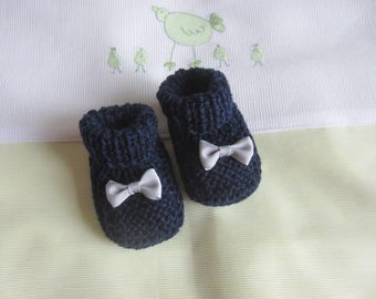 """""""Navy"""" birthstone hand made knitted baby booties"""