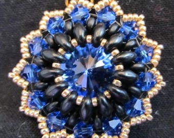 Regal dark blue crystal pendant