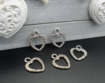 5 charm hearts worked silver metal 2 x 1.5 cm