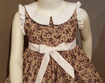 DRESS girl taupe black flowers, Peter Pan collar. Very trendy. HAND MADE