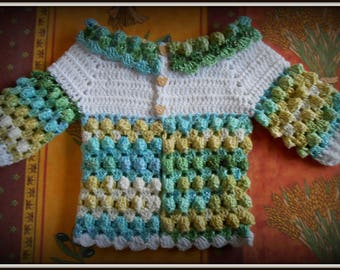 baby Cardigan 6-12 months crocheted with 2 different wool white and multicolor