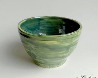 Pottery Bowl, decoration of lace, enameled green leaf