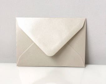 100 Pearl Ivory C7 Envelopes 81mm x 113mm Ideal For Wedding Favours, Save The Date, Fits A Standard Scratch Card, Gummed And UK Made