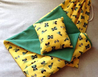 Cover and cushion pillow in matching bag