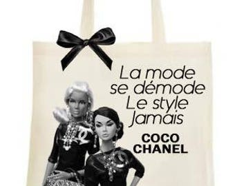 "TOTE BAG ""goes out of fashion, style forever."" Coco Chanel"""