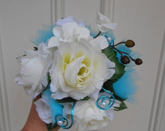 Maid of honor - white and turquoise bouquet