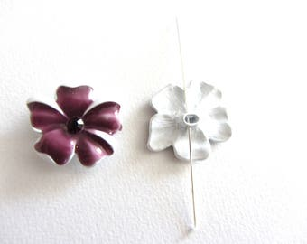 1 Pearl, connector, between two purple porcelain flower