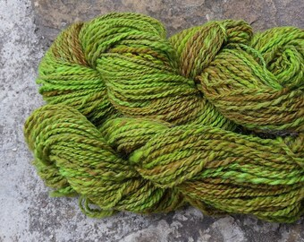 140 g spun and dyed by hand - shetland wool