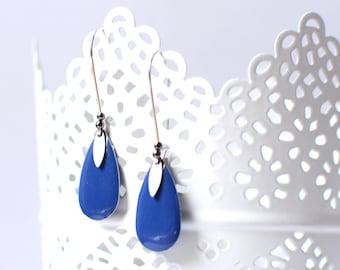 LEKOS Stud Earrings Silver Blue enameled sequin, metal drip