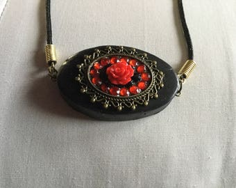 "18"" Black and Red Polymer Clay Floral Cameo Pendant"