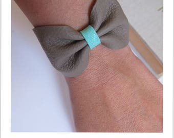 size small leather knot bracelet