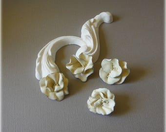 Corolla ivory flowers