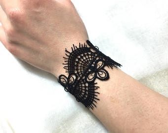 Vintage retro Black Lace bracelet