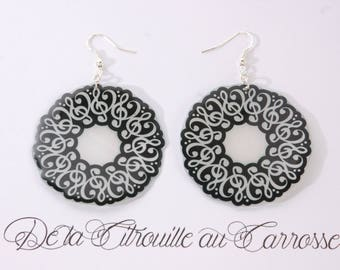 Creole treble clef, black and White Pearl