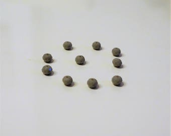 set of 20 beads faceted glass, gray, 6mm