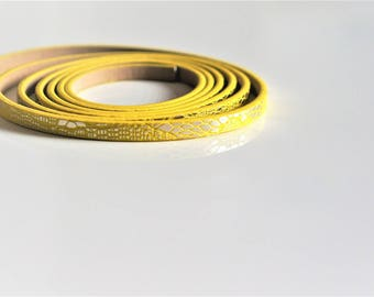 20 cm Strip leather, yellow, bright appearance, 5 * 2mm
