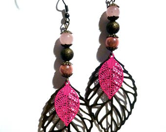 Dangling earrings pink leaf