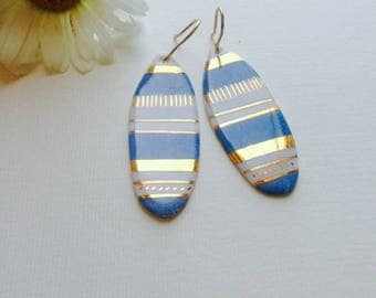 Earrings blue white porcelain and gold made and decorated by hand.