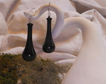 """O drops"" earrings ebony turned silver"
