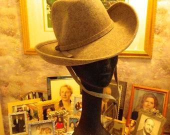Gray Wool Felt Fedora With Western Flair