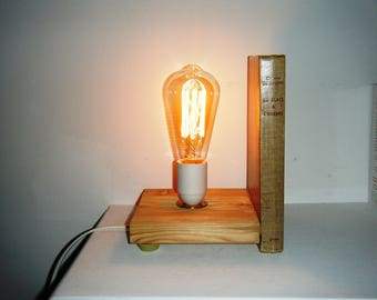 Bookends and book 2 in 1 lamp