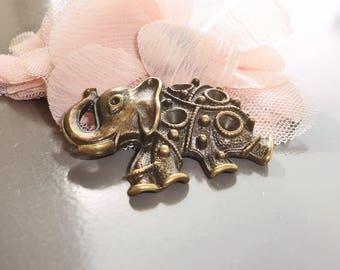 large elephant pendant charm bronze 45 x 35 mm
