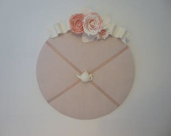 Round Board embellished rose Vanilla Strawberry
