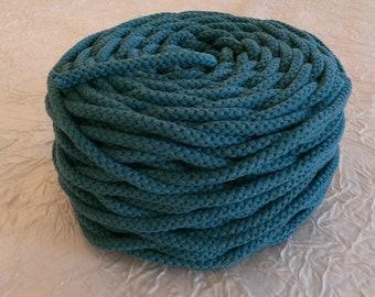 Cotton cord. Twisted cotton cord. Cotton rope. Corde macramé bleu pétrole. Bobine de cordon tressé 6 mm en coton 100 %, bleu pétrole. 50 m.