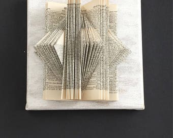 Wall decoration | 3 book sculptures | Book type