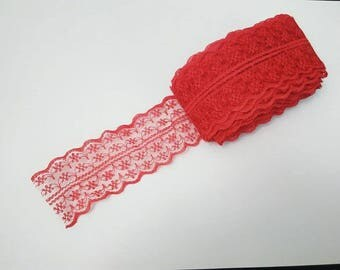 1 meter Ribbon lace polyester red width 4.5 cm