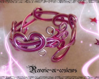 "Pink aluminum Wire Bracelet ""Charlotte"""